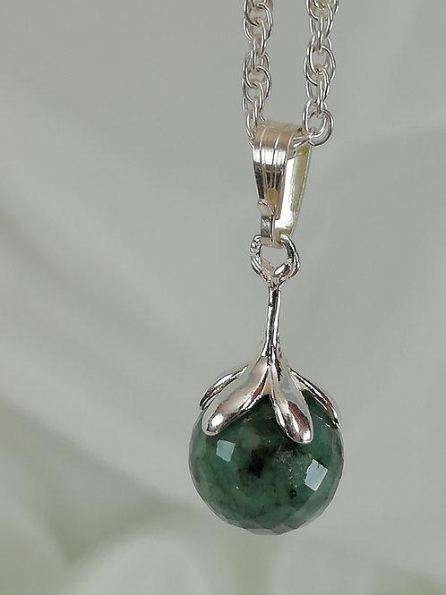 handmade Emerald on rope chain