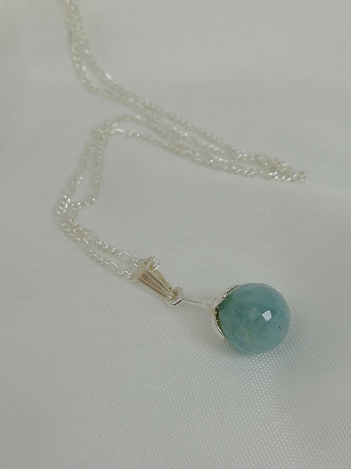 Turquoise on either figaro chain