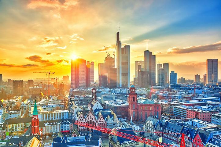 Frankfurt am Main at sunset, Germany.jpg