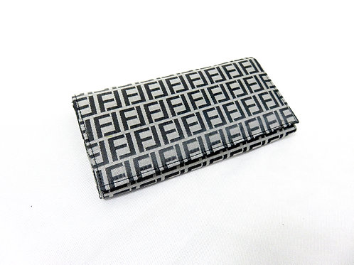 Women's Fashion On Trend Wallet, Grey and Black (Pattern)