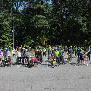 MSW Student Katie Savage Organizes Amputee Cycling Clinic
