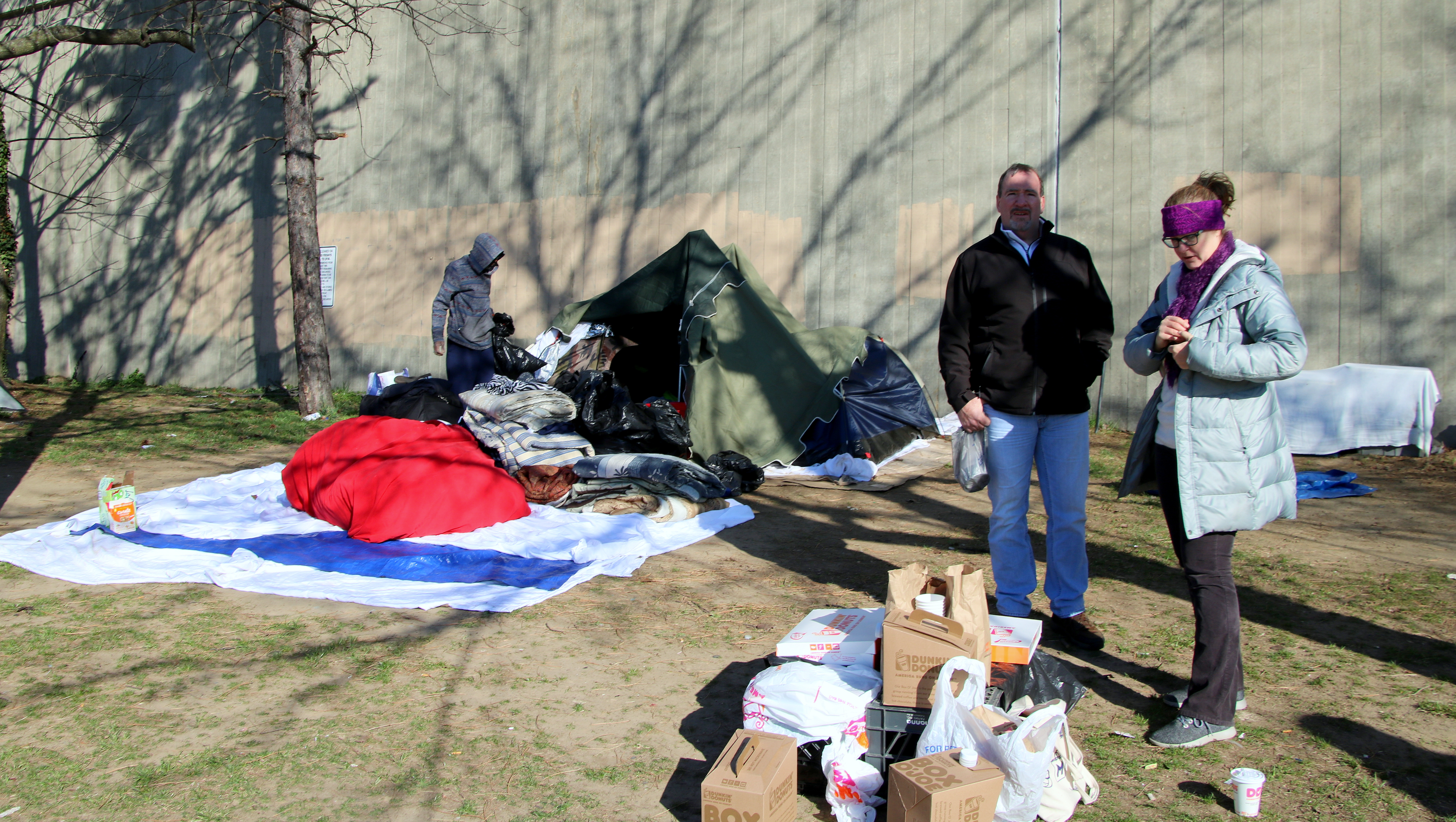 chris-rafferty-and-carolyn-johnson-homeless-encampment-mlk