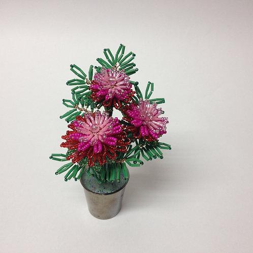 цветочная композиция из бисера