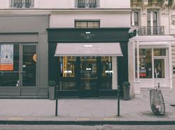 Branding_retail-design_by_cricristudio