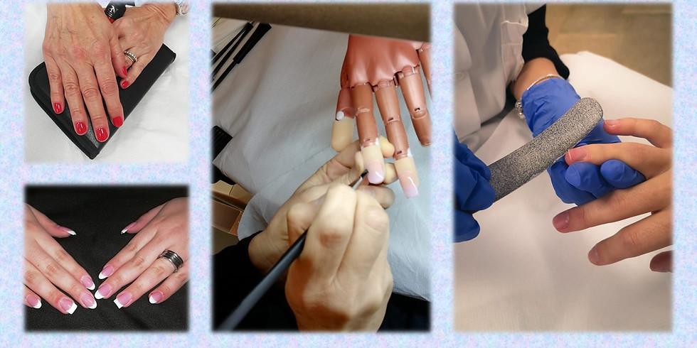 Corso di Ricostruzione Artificiale delle Unghie