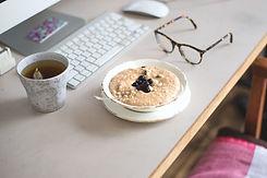 peanutbutter-date-porridge.jpg