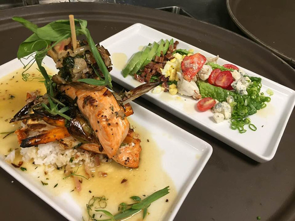 Large Selection of Seafood Entrees and Appetizers