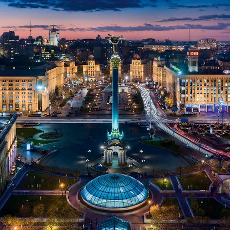 ilovemycity-kyiv-maydan-at-night.jpg