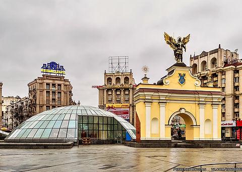 Ladski_gate_vorota_kiev_ilovemycity_kiev