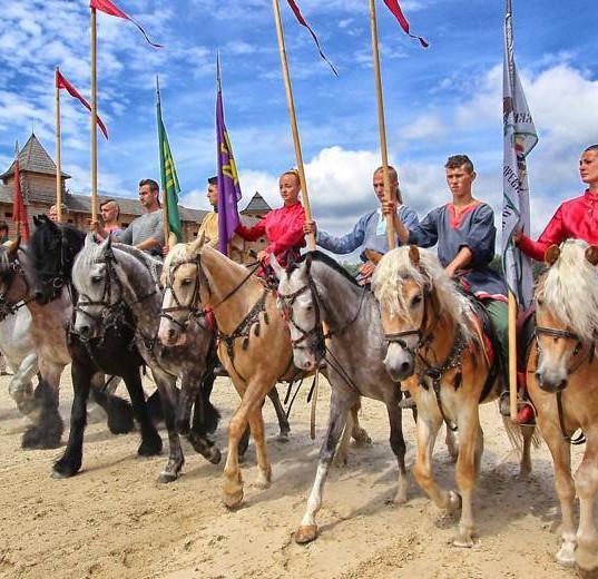 kievan-rus-park-horses-ilovemycity-kiev3