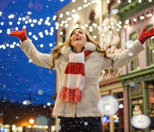 ilovemycity-kiev_podil_winter_girl_snow_