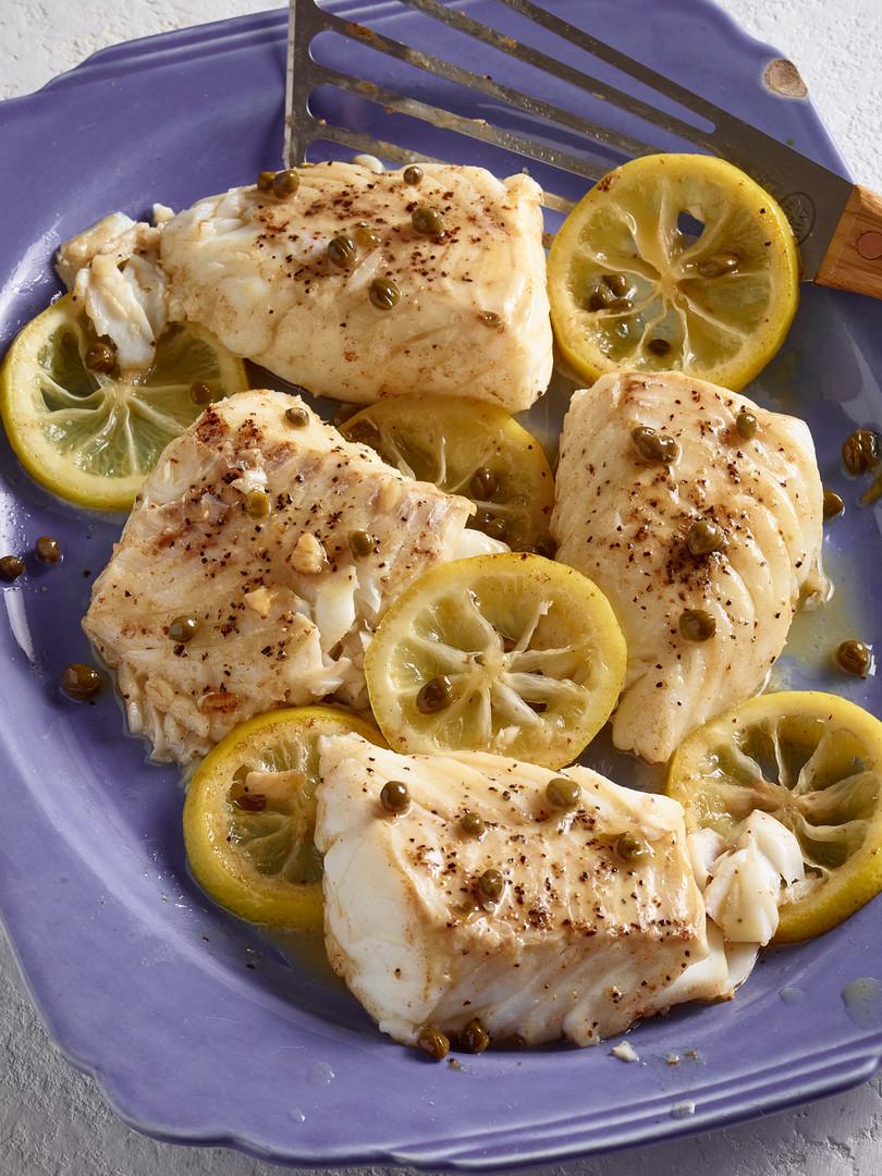 Fish_Fillets_With_Lemon_Caper_Butter.jpg