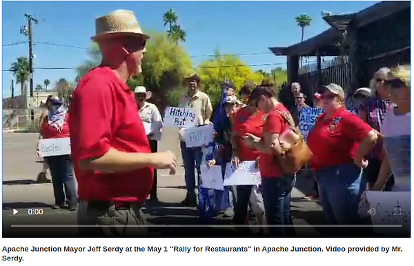 Apache_Junction_Mayor_Jeff_Serdy_at_the_