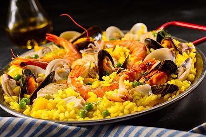 Paella a la margarita with shellfish inc