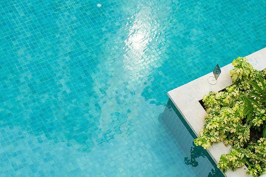 Tiling pools