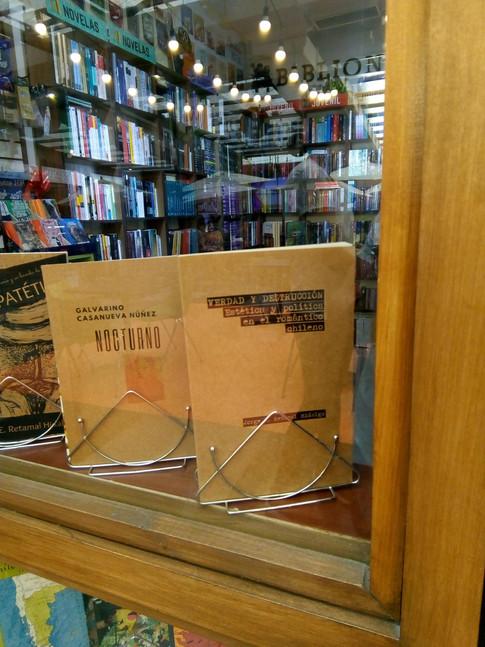 Verdad y Destrucción en Biblionet Santiago.jpg