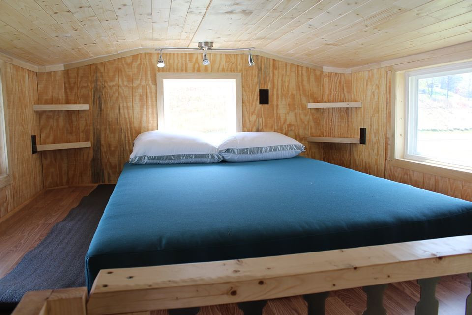 bucks tiny houses bed area.jpg