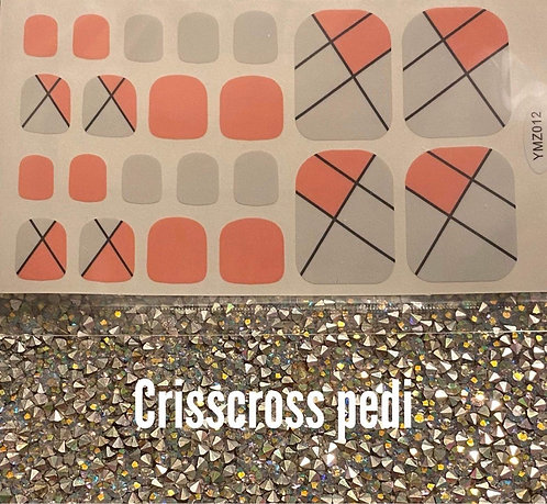 Crisscross pedi