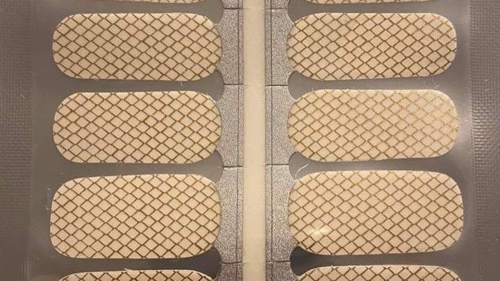 Gold fishnet overlay