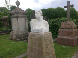 LILLIE LANGTRY'S GRAVE
