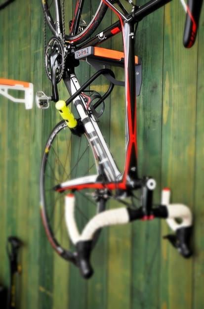 bicycle shelf hangs bike