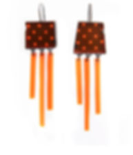 Earrings 321x3742.jpg