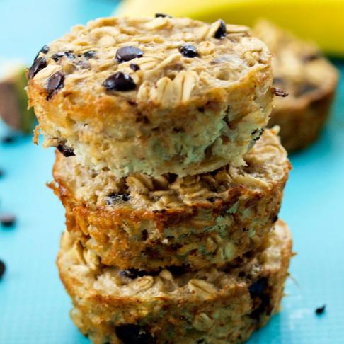 Banana Choc-Chip Oatmeal Muffins