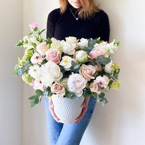 One month weekly Medium flower subscription