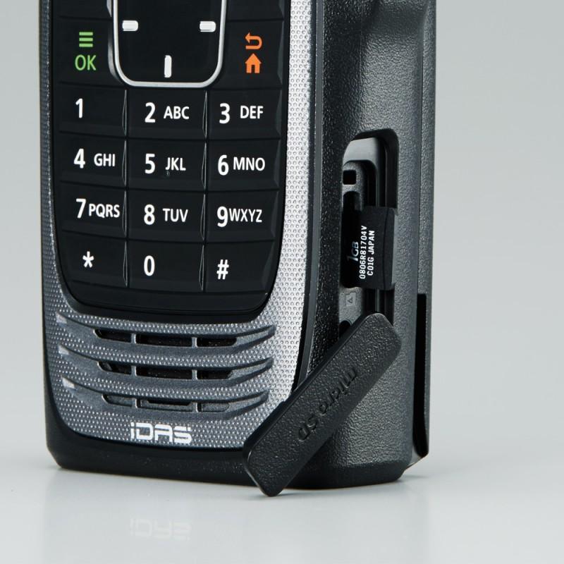 icom-idas-83240-f3400d-f4400d-sd-kort