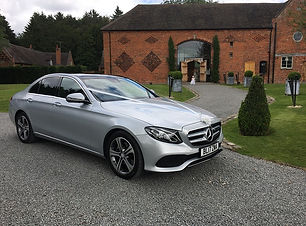 Mercedes E Class-Wedding-car-01.jpg
