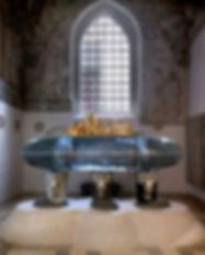 queen-margrethe-tomb-z[1].jpg
