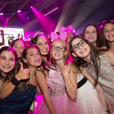 FAMOS DJ ENTERTAINMENT 140.jpg