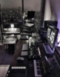 studio-cool.jpg