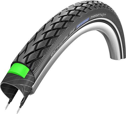 Schwalbe Marathon GreenGuard Touring Endurance Compound Tyre in Black/Reflex