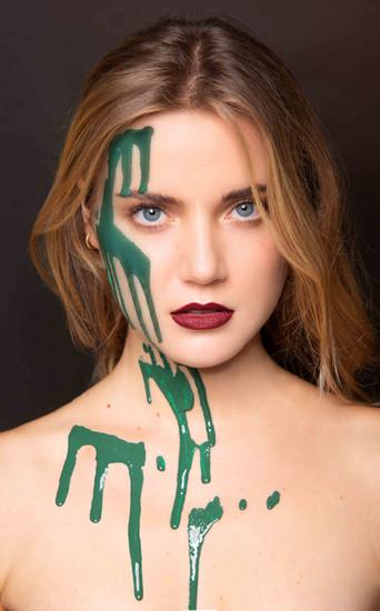 Beauty Portrait mit Flüssigkeit