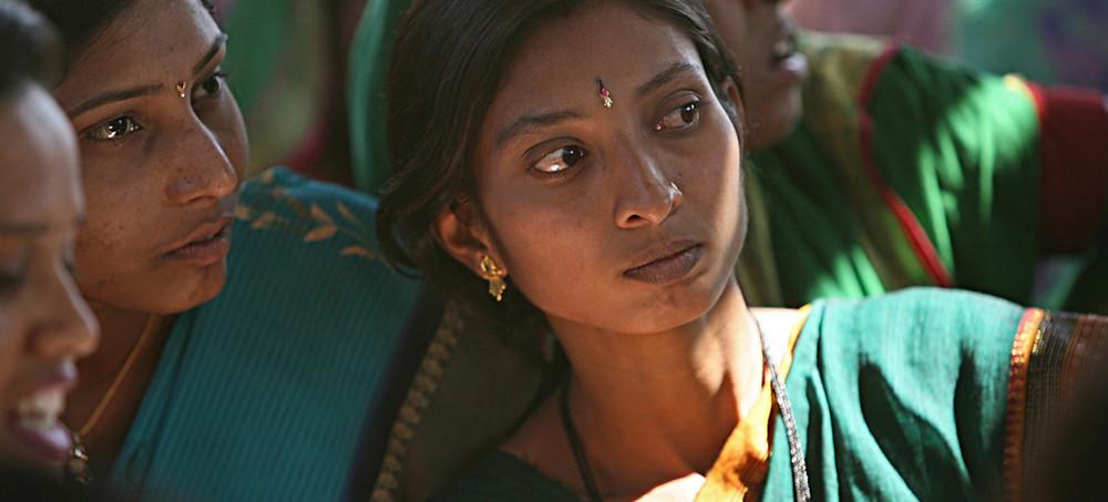 Reunião comunitária em Aurangabad, na Índia. Foto: Banco Mundial/Simone D. McCourtie