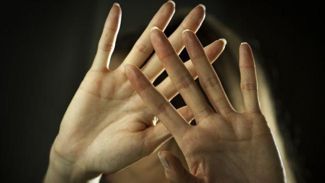 Violência entre pessoas do mesmo sexo é mais comum do que se imagina, dizem especialistas - Imagens ISTOCK