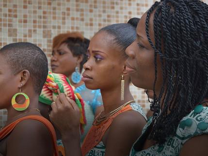 Guia dá diretrizes sobre igualdade de gênero em serviços de saúde para HIV