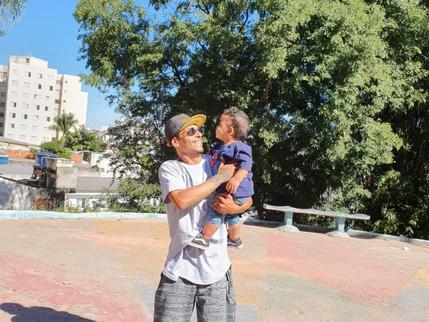 Dia dos Pais: Anderson Correa realizou o sonho de ser pai ao descobrir que estar indetectável para o