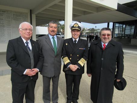 """OFICIALES GENERALES PARTICIPARON EN CEREMONIA CONMEMORATIVA DEL BICENTENARIO DE LA """"ECUELA NAVAL ART"""