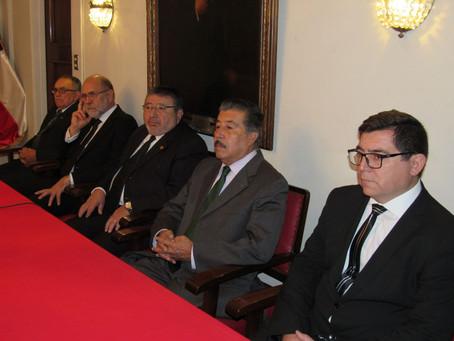 """DELEGACIÓN DE LA """"GRAN LOGIA DE CHILE"""" VISITÓ LA DIRECCIÓN GENERAL DEL CUERPO DE BOMBEROS DE VALPARA"""