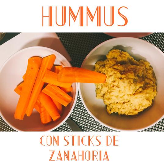 Hummus Casero con sticks de zanahoria