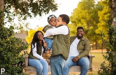I love seeing young #blackfamilies..jpg