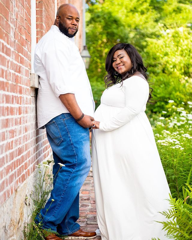 Congrats to this lovely couple ❤️👶🏾🤰?