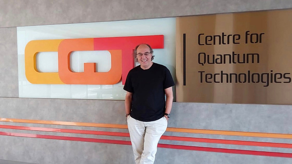 José Ignacio Latorre, incoming CQT Director, is a professor of theoretical physicist who has done research in quantum information and quantum computation, high energy physics and artificial intelligence. Image credit: María Teresa Soto-Sanfiel