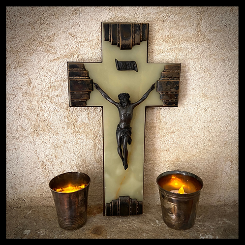 Superb and substantial bronze and onyx crucifix