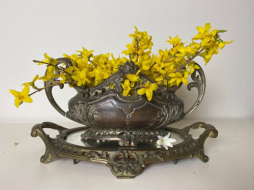 Belle jardinère French antique with mirrored stand