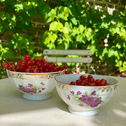 Pair of porcelain Café au lait bowls