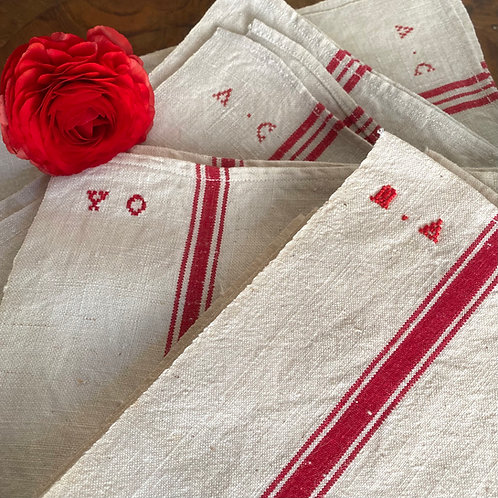 Monogrammed French linen métis red stripe torchons