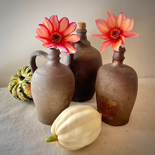 Stoneware traditional Normandie jugs